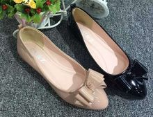 2016 Autumn patent leather women's three lovely bows flats shoes(Black/Beige),female elegant pointy toe loafers popular New York(China (Mainland))