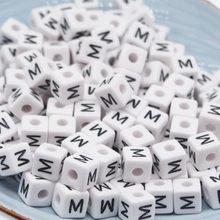 CHONGAI 50 Pcs קוביית אקריליק מכתב חרוזים האלפבית אחת A-Z לבן כיכר צמיד תכשיטי ביצוע חרוזים 10*10mm(China)
