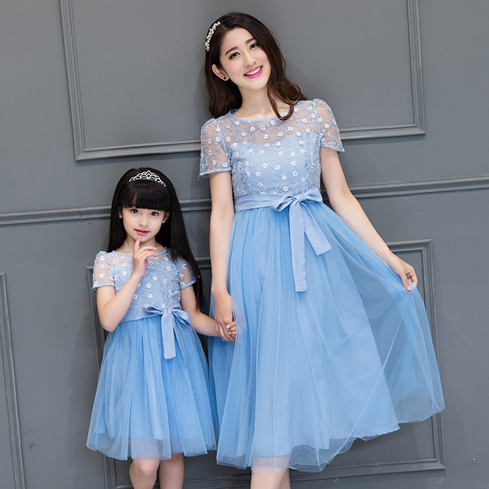 Lace Wedding Dresses w/ Bow Family Clothing Dresses for Mummy Daughter Girl Summer Party Dresses Family Matching Mesh Dress DR75(China (Mainland))