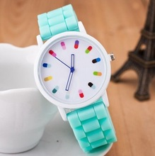2015 New Arrival Geneva Casual Women Watches Fashion Silicone Band Outdoor Sport Jelly Quartz Watch Candy Color Relogio Feminino