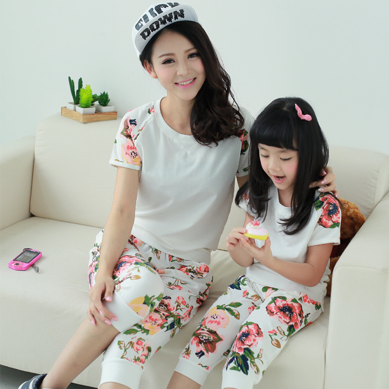 Family fashion 2014 set Mother daughter,girls clothing, women's short-sleeve t-shirt capris casual - 99 Forever store