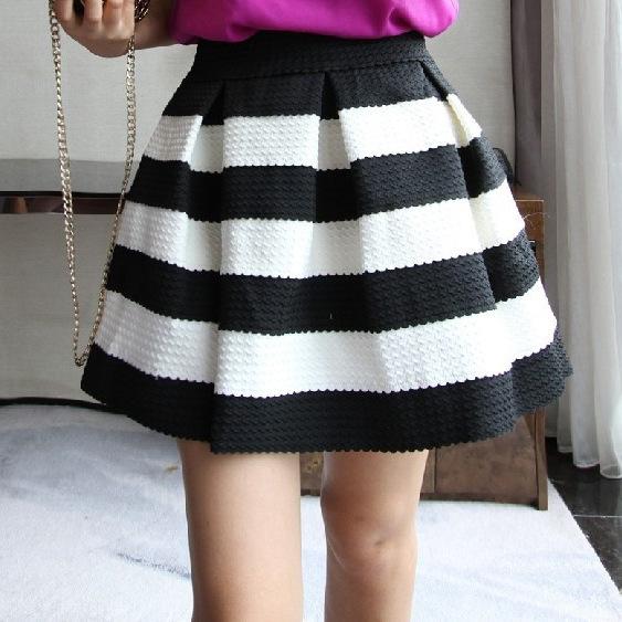 black and white high waisted skirt redskirtz
