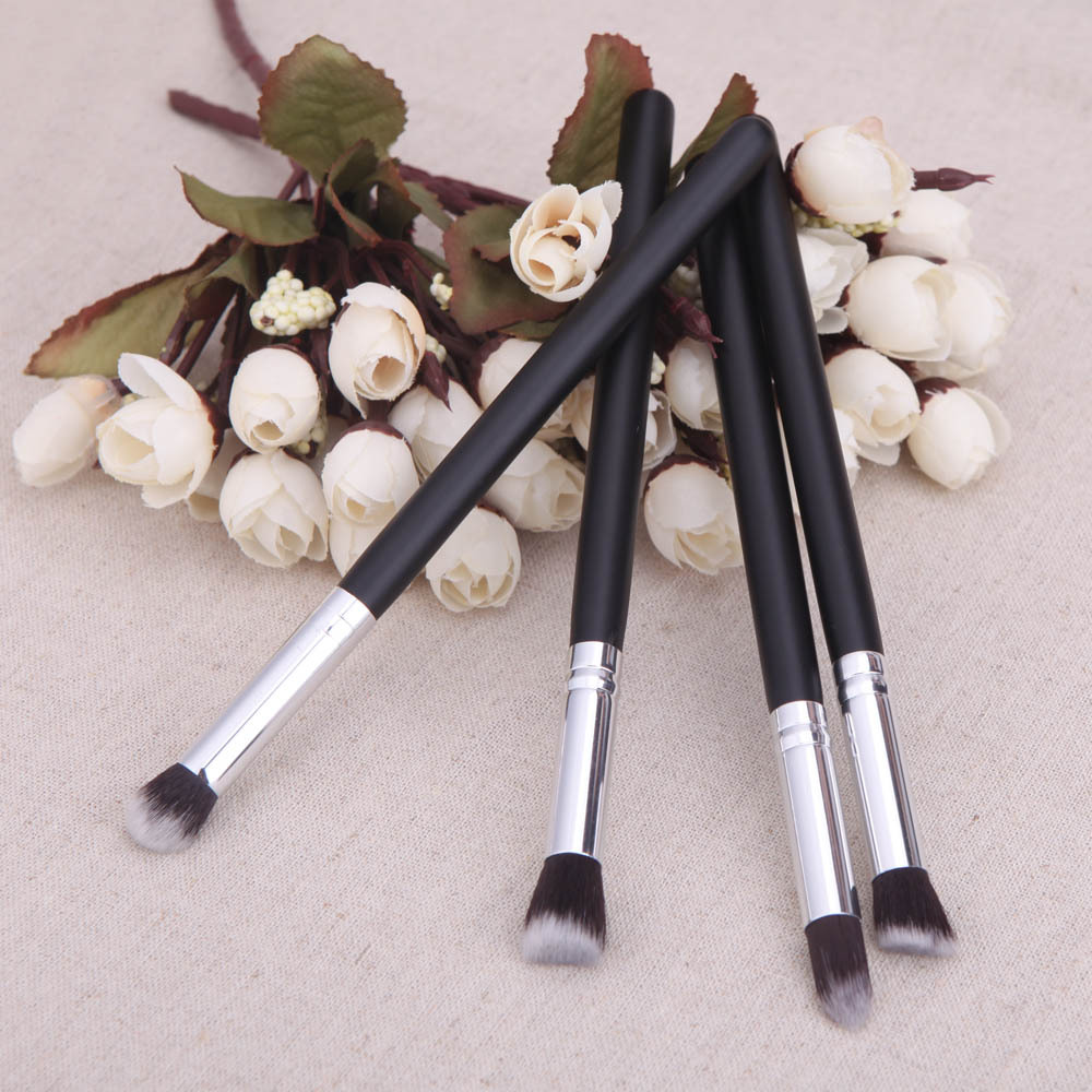 4 makeup brush black handle gold brush beauty tool manufacturing(China (Mainland))