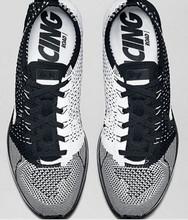 Горячая распродажа тапок женщин уличной Flykniting гонщик черный белые туфли дышащая мода классический OREO размер обуви : 36 — 45