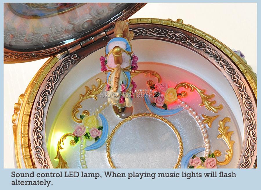 Carousel music box (16).jpg