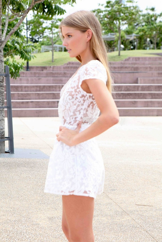 Hot Sale 2015 Unique Womens Lace Jumpsuit  Rompers White Lace Ladies Rompers Jumpsuit S M L  YJ7023-1