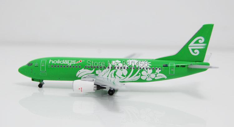 Free Shipping!1:400 Aeroclassics Air New Zealand The Holiday B737 model model airline souvenir gift(China (Mainland))
