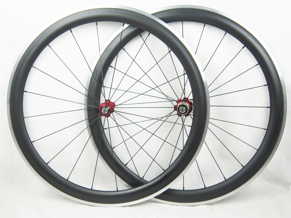700C Carbon Bike Wheels Alloy Brake Surface 50mm Deep Bicycle Wheels 25mm Width Fiber Carbon Wheels One Pair Painting accept(China (Mainland))