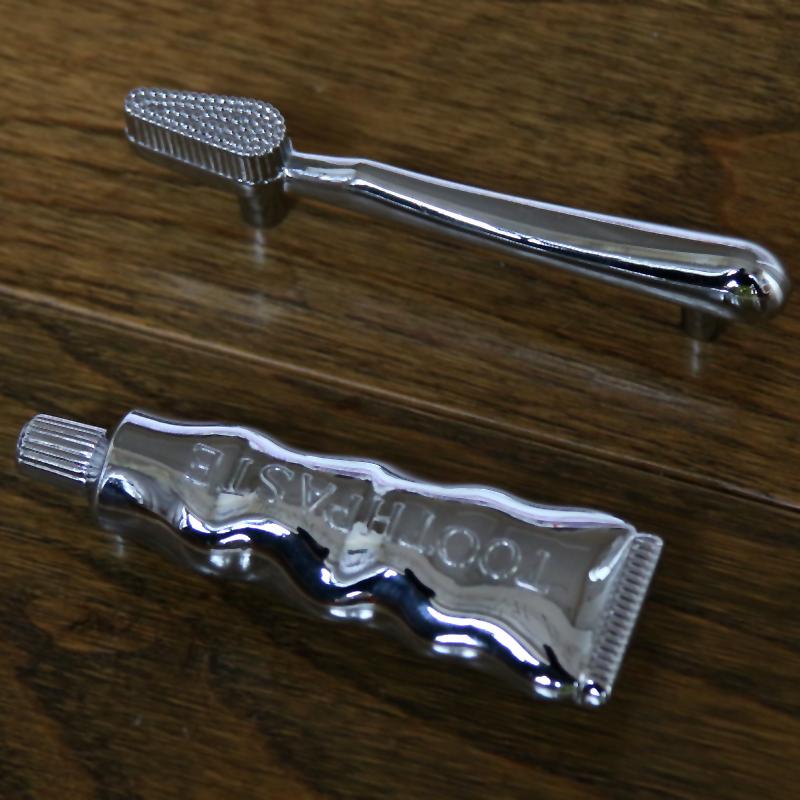 Chrome toothbrush & Toothpaste Cabinet Knobs,drawer Pulls & Handles,Creative Cupboard Closet Dresser door handle 76mm(China (Mainland))