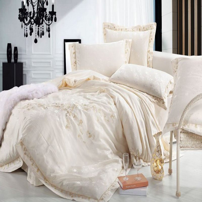 Luxury Beige Jacquard Silk Duvet Cover Queen King Size 4pcs Embroidered Princess Satin Bedclothes Bedding Set Bed Linen Cotton(China (Mainland))