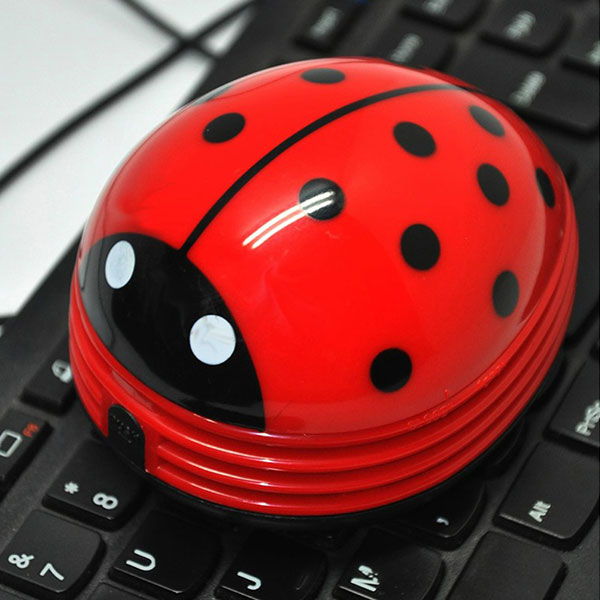 Cute Beetle Ladybug Cartoon Desktop Vacuum Desk Dust Table Cleaner Portable New Free Shipping(China (Mainland))