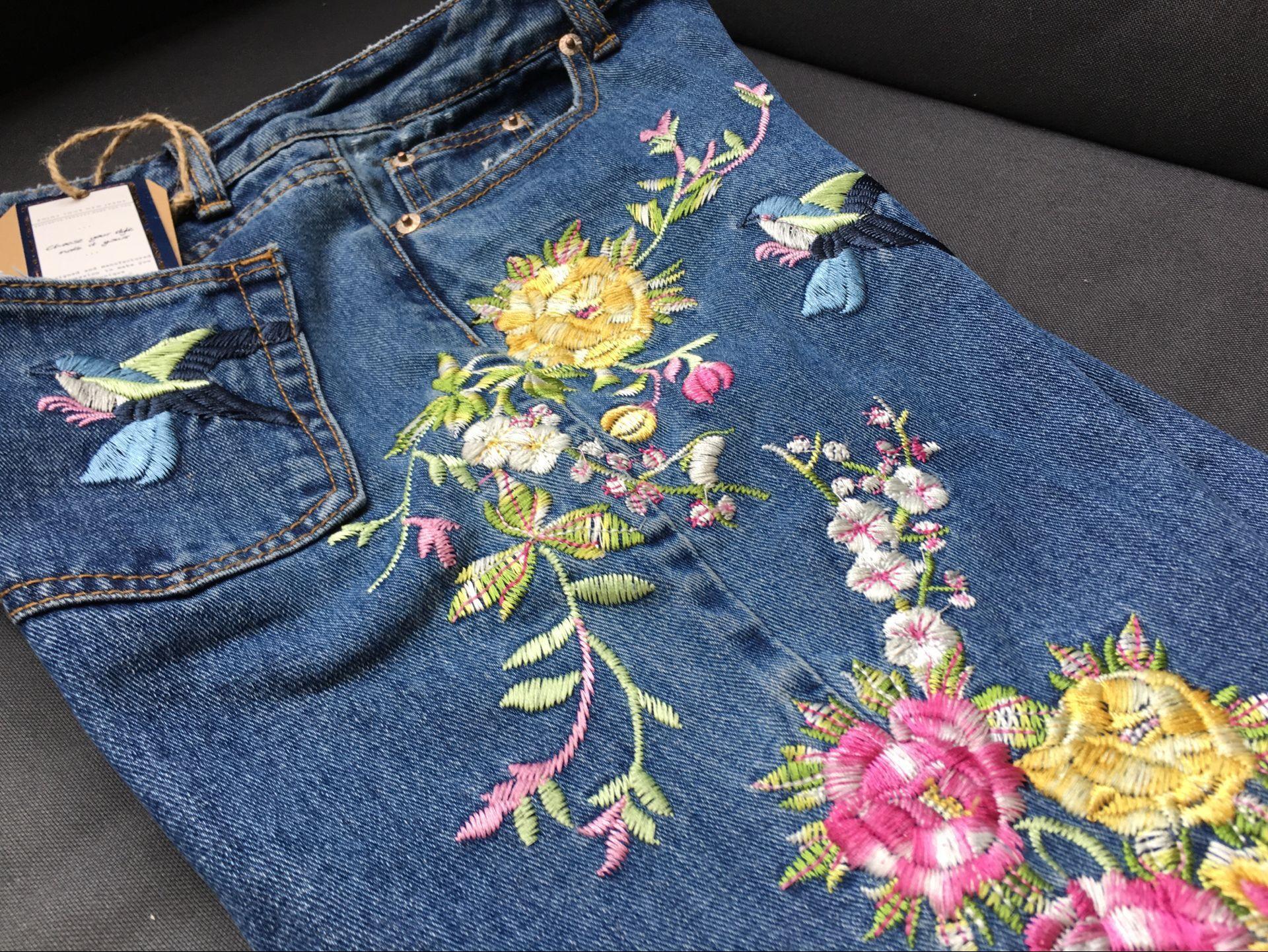 Вышивка на джинсах схемы фото 73