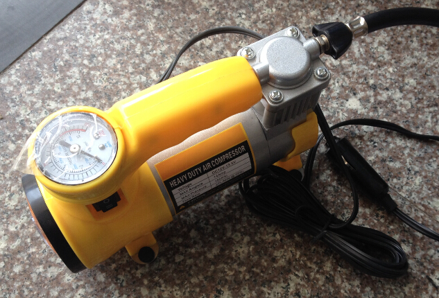 12V car metal air compressor with lighting function max 150psi 15minutes 40psi(China (Mainland))
