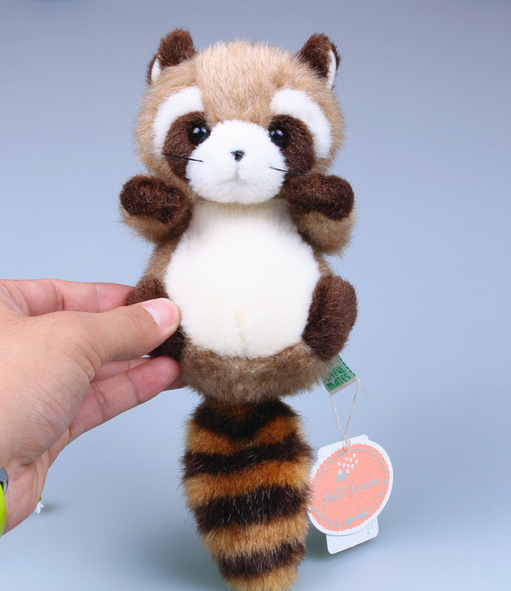 Mini plush toy cute little Coon doll raccoon ornaments home Toys for girls Lovers Christmas gifts Height 17cm(China (Mainland))