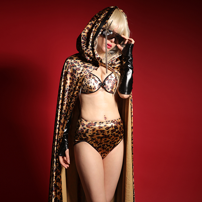 Female Singer Dj Costume Sexy Leopard Print Cloak Set Bar Nightclub Stage Costumes Cloak + Bra + Shorts Three-piece suit(China (Mainland))