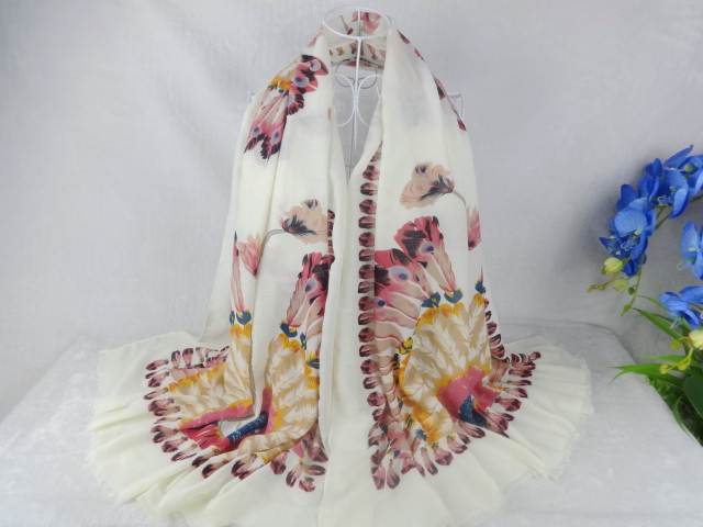 Peacock Feathers Print Rayon Shawls Tassel Scarf Women Muslim hijab,bandana,poncho,Shawls and scarves Ladies ScarfОдежда и ак�е��уары<br><br><br>Aliexpress