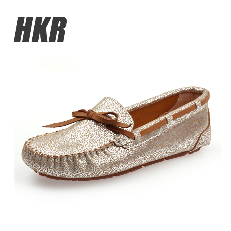 2015 women flats shoes women loafers shoes women moccasins Classic style reflective silver 4 colors moccasins 8233A(China (Mainland))