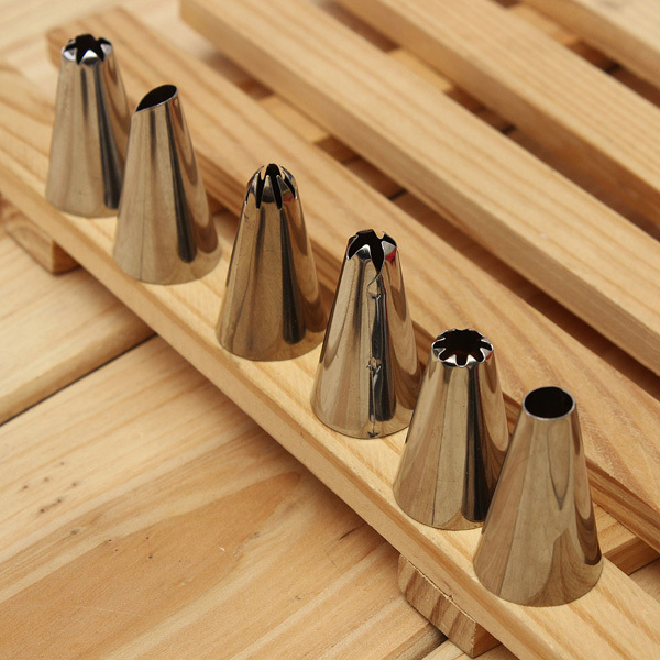 Decorating Nozzles Pastry Tubes and Coupler Tools Set (14pcs)