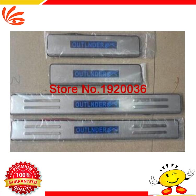 Car styling Stainless steel LED Door Sill Scuff Plate Threshold Pad Tread Plate Welcome Pedals For TEANA 2009-2012<br><br>Aliexpress