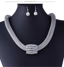 popular fashion accessories store