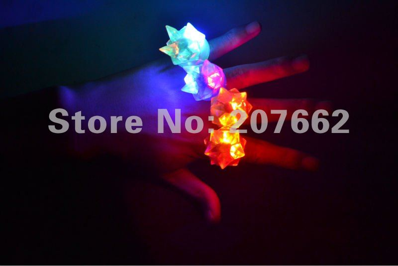 Free shpping 72pcs/lot 3*3*4cm led soft gum led finger ring with crown for wedding(China (Mainland))