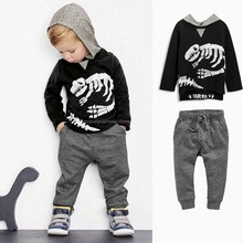 2016 Spring Autumn Baby Boy Clothing Set Skeleton Dinosaur Long Sleeved Hooded Cotton Clothes Set Black T Shirt Pant 2 PCS Set