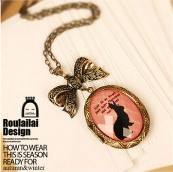 Do the old retro bronze bunny imitation gemstone necklace sweater chain necklace Crystal Box Free shipping 4ND165(China (Mainland))