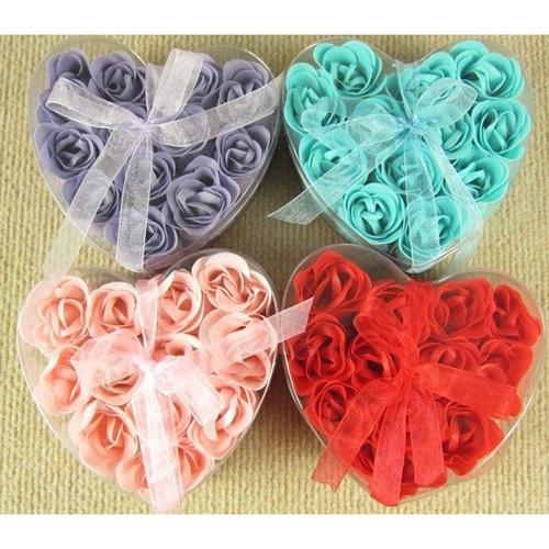 12 PCS Romantic Rose Flower Petal Style Nature Essential Oil Bath Shower Soap Pack HG1611(China (Mainland))