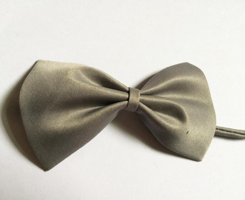 dog bows gray