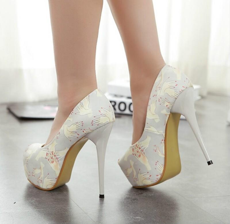 ซื้อ เซ็กซี่ดีกับหัวปลารองเท้า14เซนติเมตรกันน้ำรองเท้าดอกไม้แฟชั่นสีผสมสูงกับรองเท้า