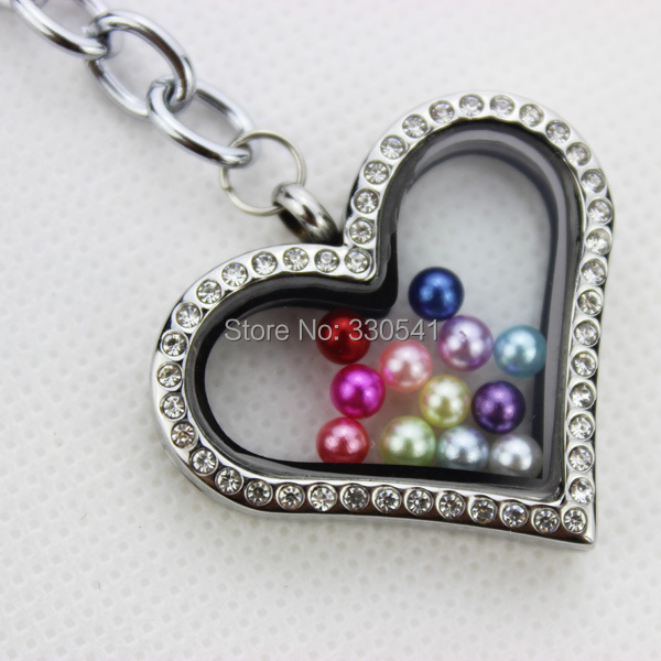 Free shipping! 316L stainless steel silver magnetic glass floating charm locket key rings keychains,heart with rhinestones(China (Mainland))