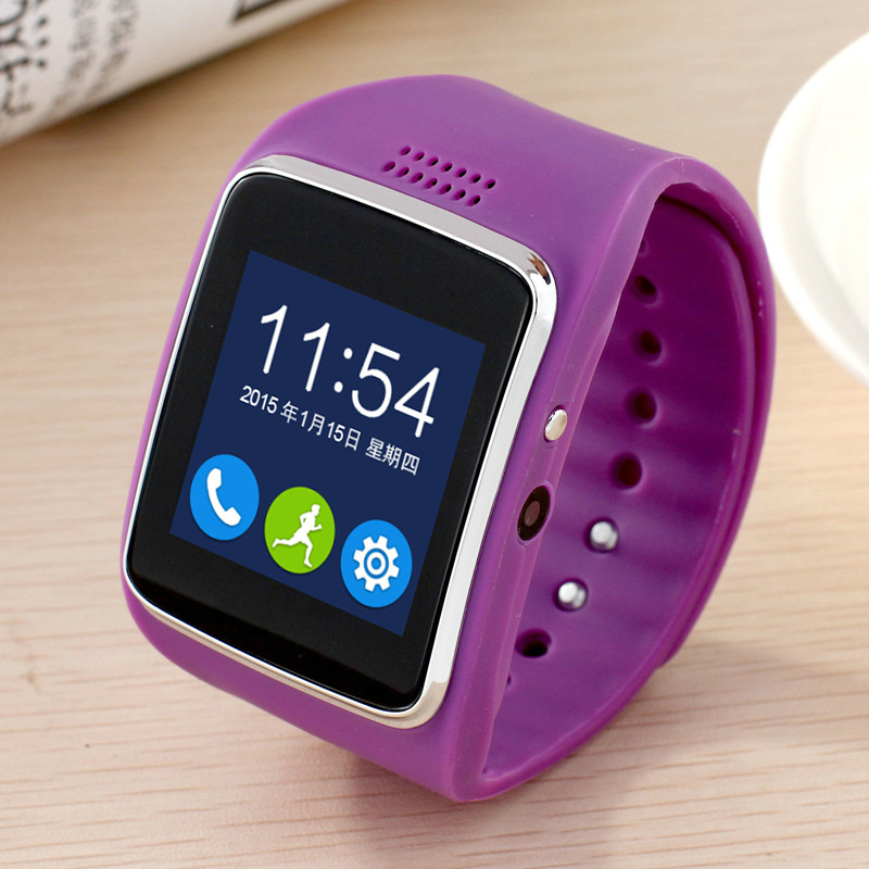 Bluetooth Smart Watch Z30 clock sync notifications with SIM card connected to the iPhone s camera