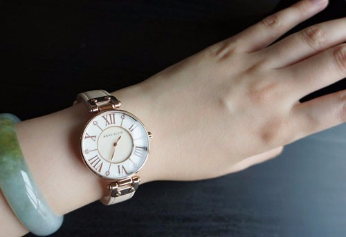 Модный дизайн женщины кожа часы horloge роковой кварцевый механизм специальную