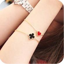 Min order $7    fashion accessories vintage small heart four leaf clover love bracelet men jewelry  bracelets & bangles A0065(China (Mainland))