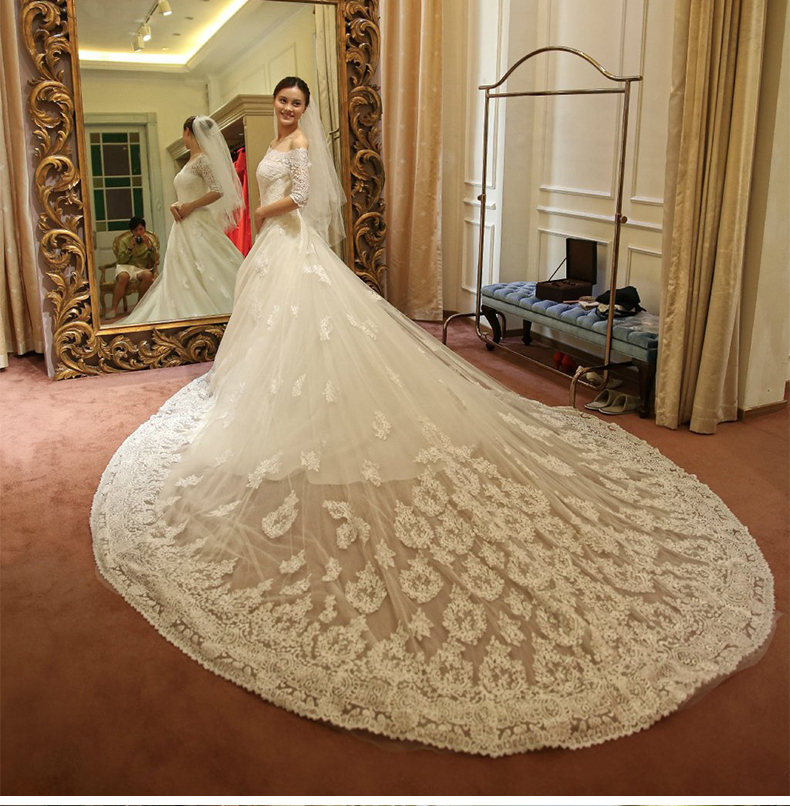 Wedding Gowns With Trains