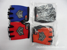 Winter outdoor warm women and men gloves motorcycle cycling bike thick Bike half screen cloth gloves 1pair/lots GW03(China (Mainland))