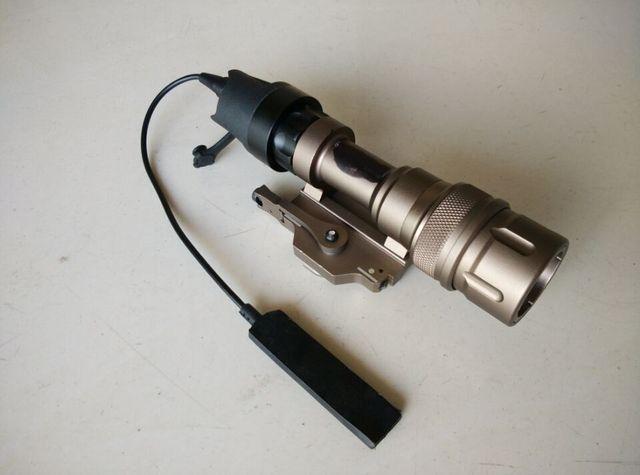 QD M952V Dual Output LED Weapon Flashlight TAN