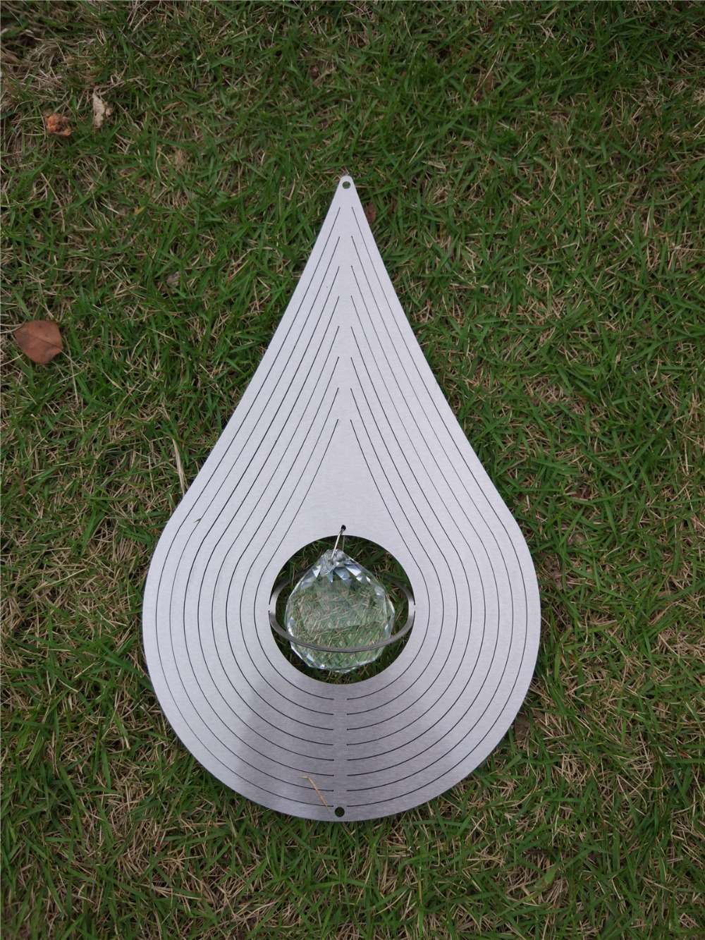 12 inch wind spinner Water- Drop with CRYSTAL ball(5CM) made from 1mm stainess steel sheet with high quality(China (Mainland))