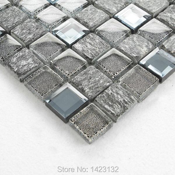 Cucina grigio piastrelle di vetro backsplash renato - Piastrelle di vetro ...
