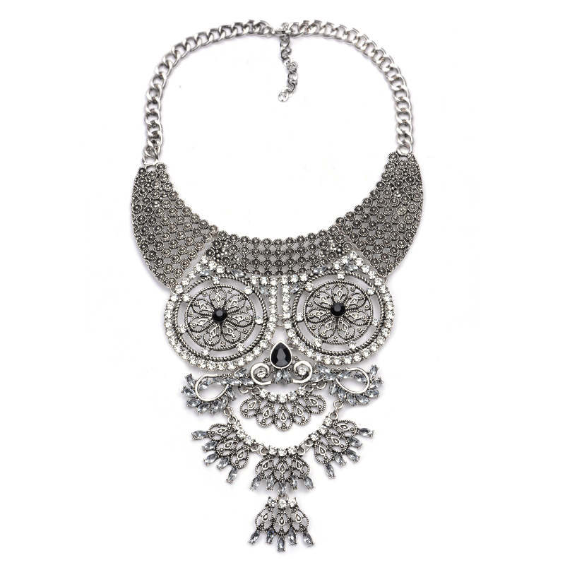 Women Vintage Necklace Female Retro Rhinestone Face Fine Jewelry Statement Necklace Choker Maxi Necklace Collier Femme Collares(China (Mainland))