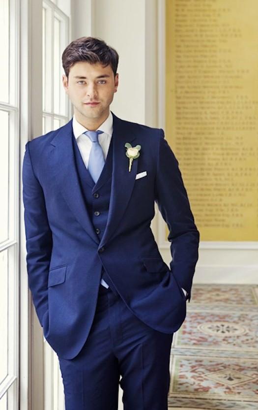 New Arrival Blue Men Suits For Wedding Notched Lapel Grooms Tuxedos Three Piece Men Suits Slim Fit Groomsmen Suit