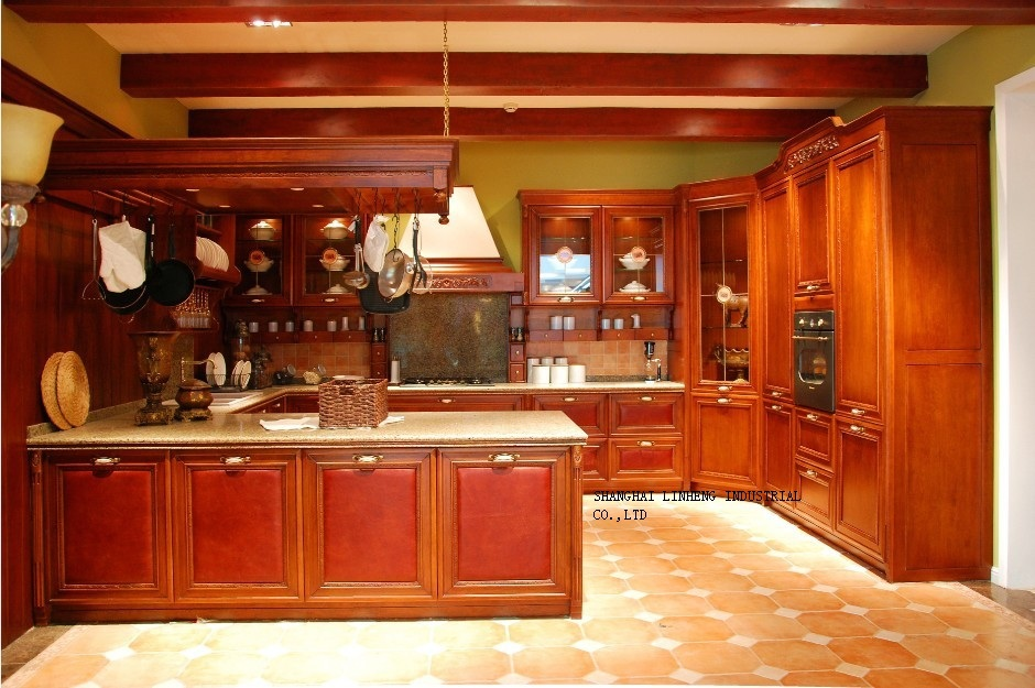 Wooden kitchen cabinets cherry color lh sw055 in kitchen for Cherry kitchen cabinets