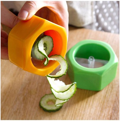 2016 Promotion Special Offer Silicone Gadgets Watermelon Cutter 848 Nut Screw Style Cucumber Slicer Beauty The Mask Slice Tool(China (Mainland))