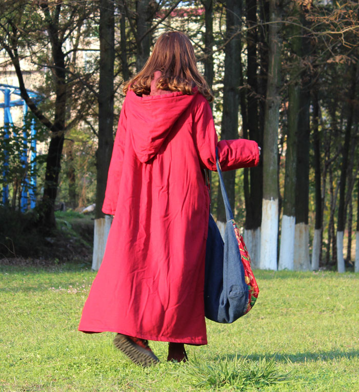 2015 New winter retro hooded frog linen coat folk style long Cotton-padded coat  robe gown galabia with with Wizard Hat