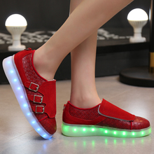 Size 35 to 50 Luxury Designers Genuine Leather Sale yezzy Glow tenis feminino Led Slippers Basket Femme Shoes Luminous for Adult(China (Mainland))