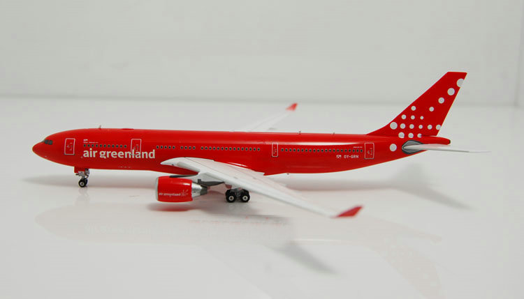 Free Shipping!1:400 Phoenix Air Greenland B737 airplane model model airline souvenir gift all red plane<br><br>Aliexpress