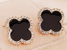 New Cute Fashion Clover Earrings 17mm Full Rhinestones Flower Earrings With Black Shell Stylish Earrings(China (Mainland))