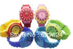 Kids GPS Tracker Watch with Small Size+SOS Button,Fast Dial,Bluetooth,Stereo Speakers,MP3 Player,Quick positioning, MP3 Ringtone