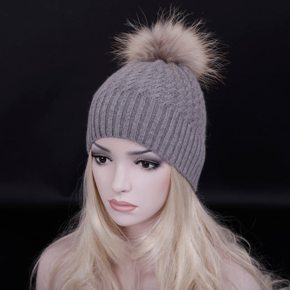 2015 Free shipping Knitted Winter Cap woman Casual Beanie Warm Winter Knitting hats/gorro/Bonnet/Raccoon fur pompoms (China (Mainland))
