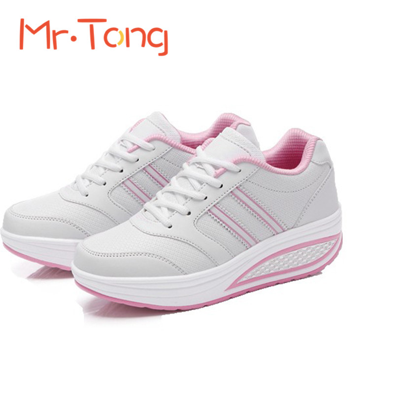 reathable Lace-up Sports Exercise Shoes Women Shook Casual Shoes Women's Sneakers Spring Autumn Black White All-match Zapatos(China (Mainland))